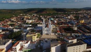 Catedral de Picos, considerada uma das maiores igrejas do Nordeste