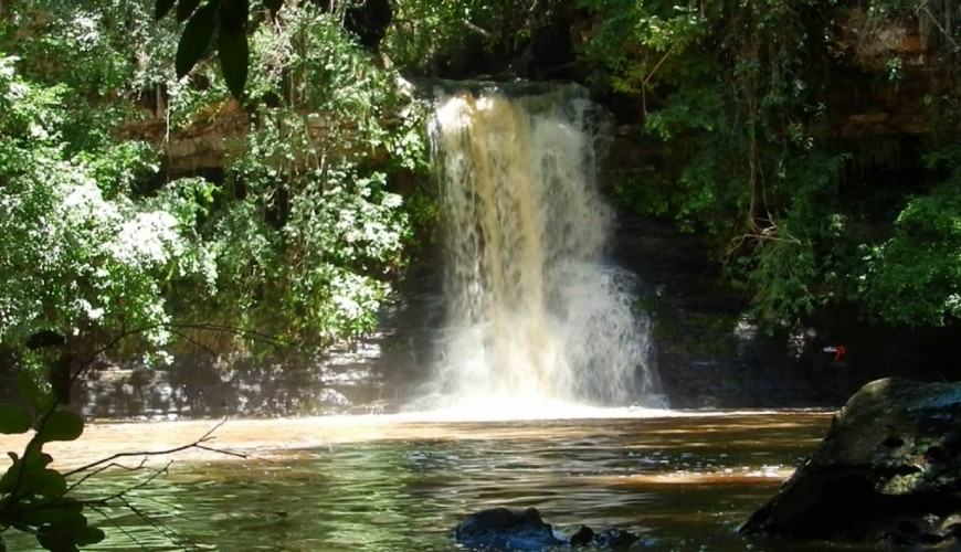 Cachoeira do Bota Fora: água o ano todo e somente a 18 km de Piripiri