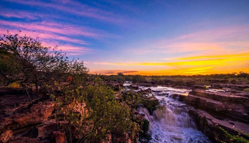 Conheça a cachoeira da Lembrada, que fica no Cânion do rio Poty