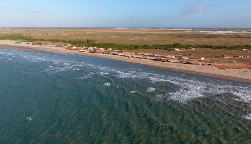 Tranquilidade garantida: visite a praia do Arrombado em Luis Correia